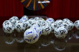 играят лотарийни игри